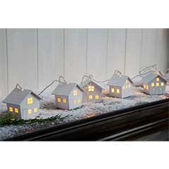 Christmas Wooden Ski Lodge String Lights 10 - Warm White / Clear Cable