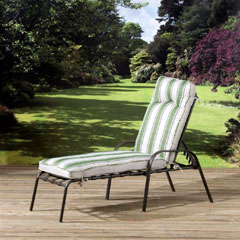 Pagoda Naples Cushioned Lounger