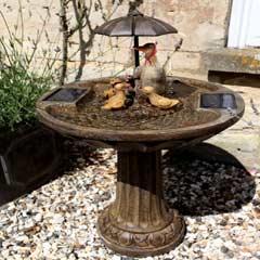 Bermuda Duck Family Umbrella Fountain - Bronze Effect
